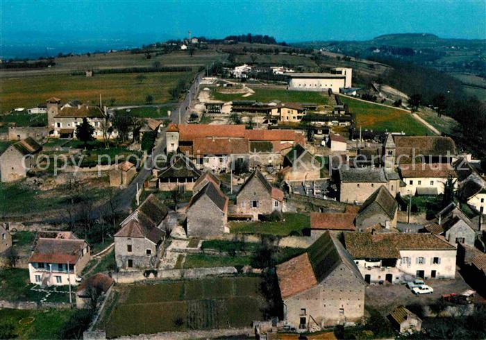 AK / Ansichtskarte Taize Saone et Loire Village avec eglise romane et l eglise de la Reconciliation Kat. Taize