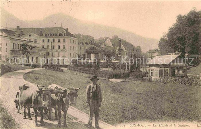 AK / Ansichtskarte Uriage les Bains Isere Hotels et la Station Kat. Vaulnaveys le Haut