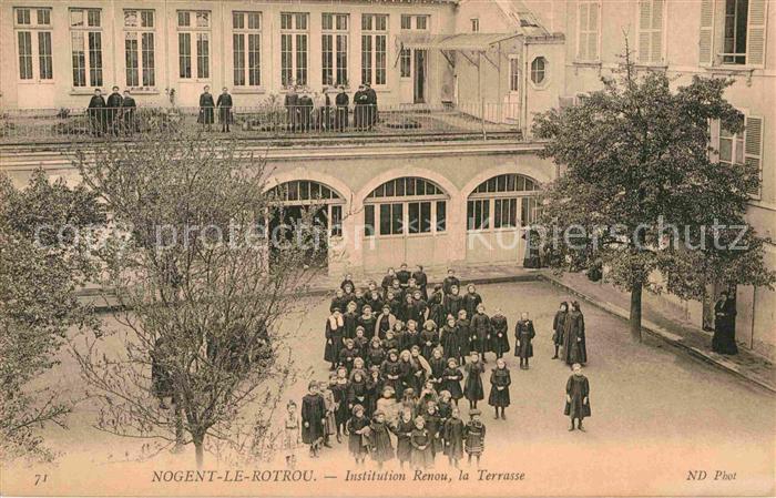 AK / Ansichtskarte Nogent le Rotrou Institution Renou Kat. Nogent le Rotrou