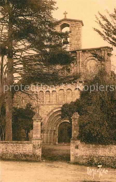 AK / Ansichtskarte Saint Porchaire Environs de Royan Eglise romaine de Breuillet Kat. Saint Porchaire