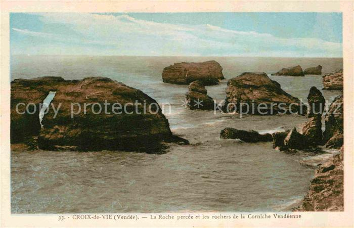 AK / Ansichtskarte Croix de Vie Vendee La Roche percee et les rochers de la Corniche Vendeenne Kat. Saint Gilles Croix de Vie