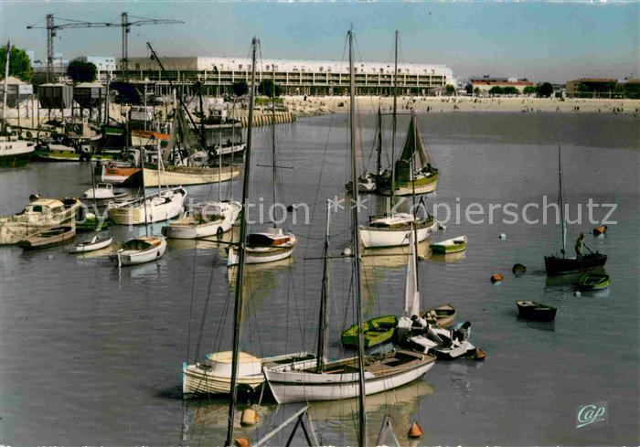 AK / Ansichtskarte Royan Charente Maritime Le Front de Mer vu du Port Kat. Poitiers Charentes