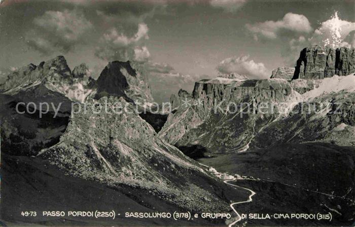 AK / Ansichtskarte Passo Pordoi Sassolungo e Gruppo di Sella Cima Pordoi Kat. Italien