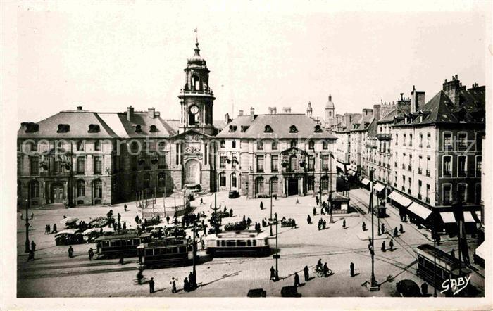AK / Ansichtskarte Rennes La Mairie et la Place Kat. Rennes