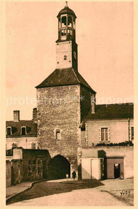 AK / Ansichtskarte Vierzon La vieille Tour de la Prison Kat. Vierzon