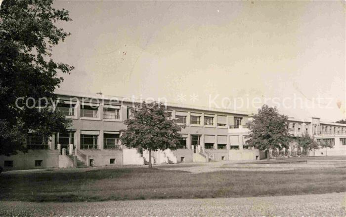 AK / Ansichtskarte Dreux Clinique Laennec Sanatorium Kat. Dreux