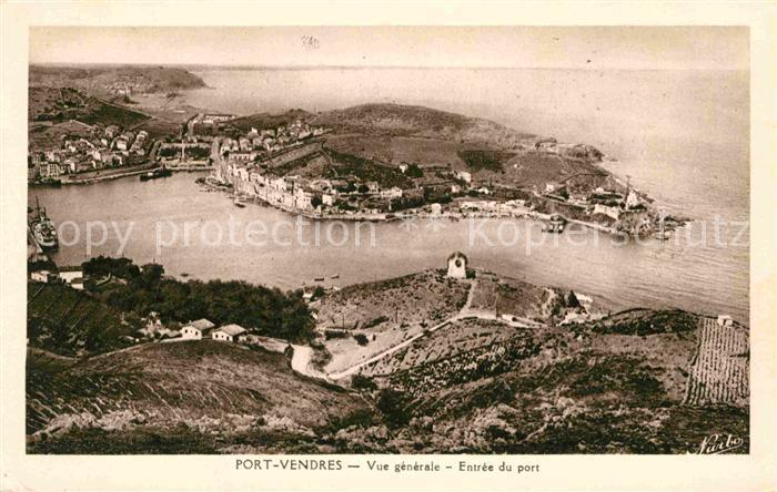 AK / Ansichtskarte Port Vendres Vue generale Entree du port La Cote Vermeille Kat. Port Vendres