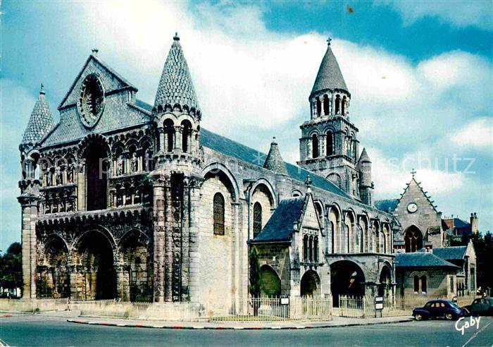 AK / Ansichtskarte Poitiers Vienne Eglise Notre Dame de la Grande Kat. Poitiers