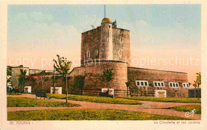 AK / Ansichtskarte Fouras Charente Maritime La Citadelle et les Jardins Kat. Fouras