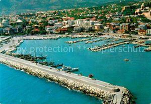 AK / Ansichtskarte Loano Il porto vista dall aereo Kat. Italien