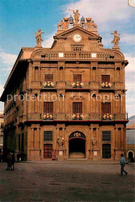 AK / Ansichtskarte Pamplona Navarra Rathaus Kat. Pamplona