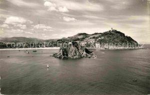 AK / Ansichtskarte San Sebastian Guipuzcoa Isla de Santa Clara y monte Igueldo vista aerea