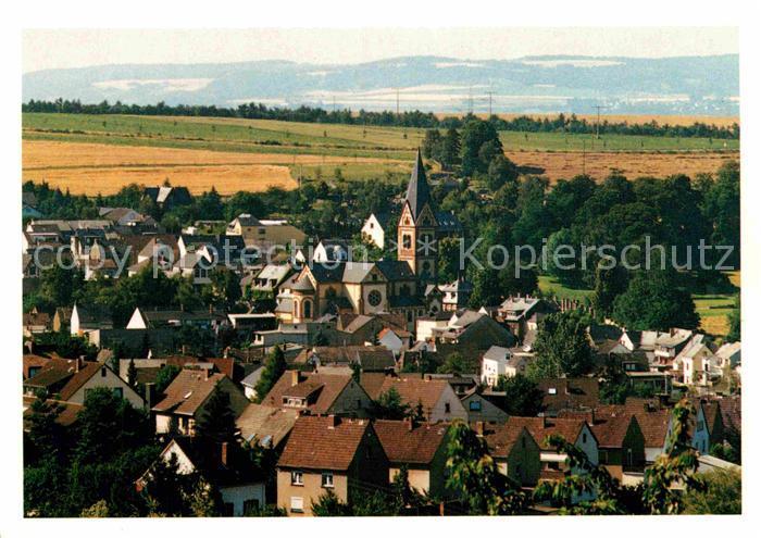 AK / Ansichtskarte Bassenheim Teilansicht Pfarrkirche Sankt Martin Kat. Bassenheim
