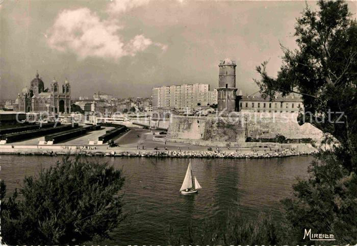 AK / Ansichtskarte Marseille Cathedrale Fort St. Jean Kat. Marseille