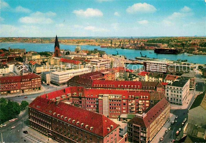 AK / Ansichtskarte Kiel Blick auf Stadt und Hafen Kat. Kiel