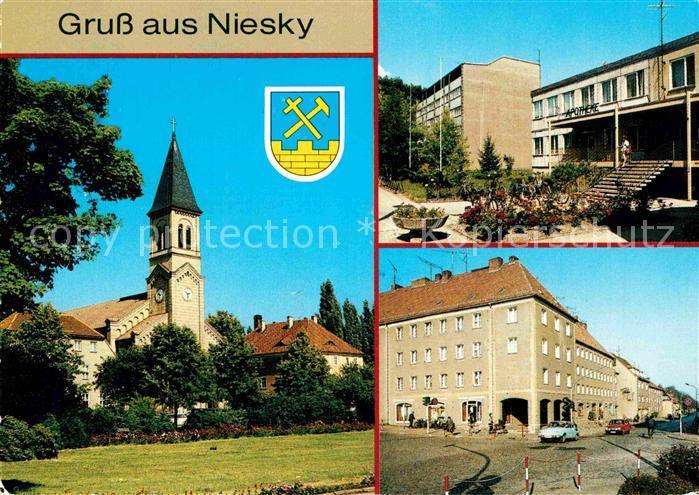 AK / Ansichtskarte Niesky Kirche Hausmannstrasse Strasse der Befreiung Kat. Niesky