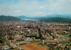 AK / Ansichtskarte Klagenfurt Woerthersee Blick nach Westen Fliegeraufnahme