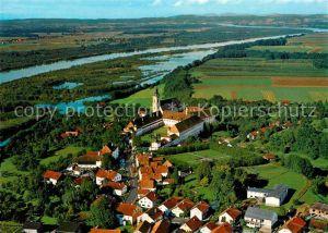 AK / Ansichtskarte Reichersberg Inn Fliegeraufnahme mit Augustiner Chorherrenstift Fliegeraufnahme