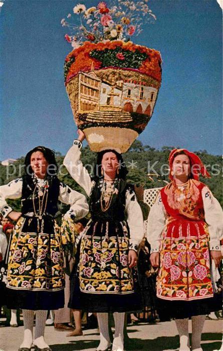 AK / Ansichtskarte Trachten Portugal Trajes regionais