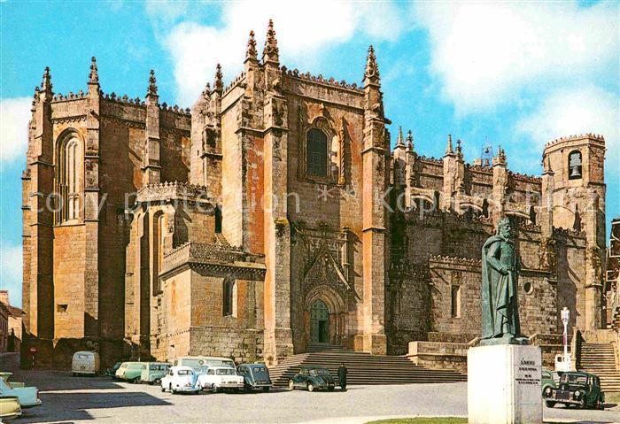 AK / Ansichtskarte Guarda Portugal Cathedrale de Guarda Place de Luis de Camoes Kat. Guarda