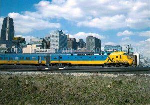AK / Ansichtskarte Eisenbahn Triebwagenzug Nr. 1981 Northlander Toronto Union Station  Kat. Eisenbahn