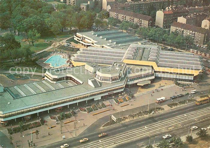 AK / Ansichtskarte Berlin Sport und Erholungszentrum Luftbildserie der Interflug Kat. Berlin