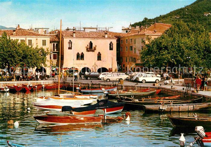 AK / Ansichtskarte Garda Il Porto Kat. Lago di Garda