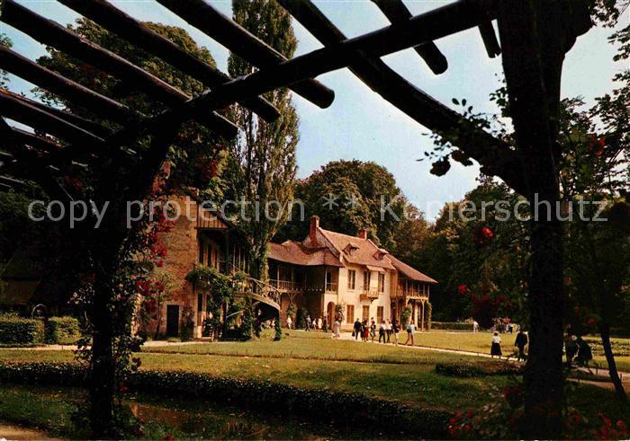 AK / Ansichtskarte Versailles Yvelines La Maison de la Reine Kat. Versailles
