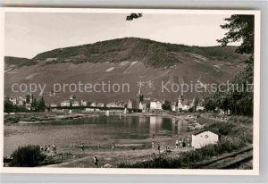 AK / Ansichtskarte Bernkastel Kues Mosel Panorama Flussbad Kat. Bernkastel Kues