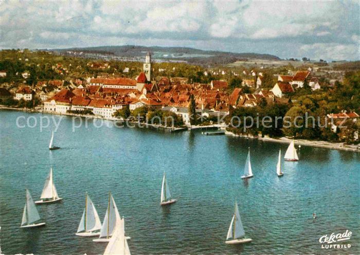 AK / Ansichtskarte ueberlingen Bodensee Blick auf die Stadt Segelregatta Fliegeraufnahme Kat. ueberlingen