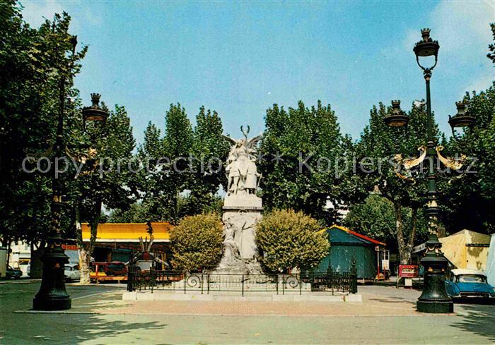 AK / Ansichtskarte Aubagne Monument aux Morts Kriegerdenkmal Kat. Aubagne