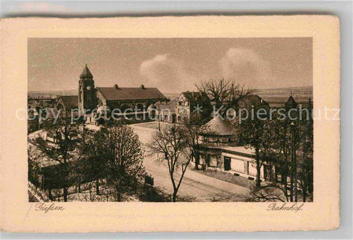 AK / Ansichtskarte Giessen Lahn Bahnhof Kat. Giessen
