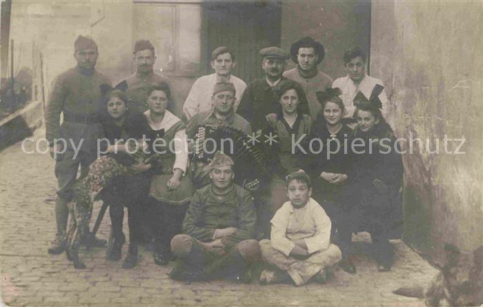 AK / Ansichtskarte Zweibruecken Baeckermeister mit Familie und Gesellen Kat. Zweibruecken