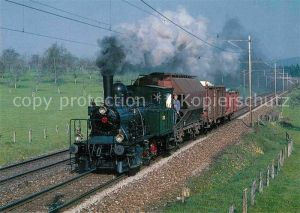 AK / Ansichtskarte Lokomotive Personenzug Tenderlokomotive E 3 3 Nr. 8518 Zuericher Oberland  Kat. Eisenbahn