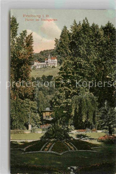 AK / Ansichtskarte Freiburg Breisgau Partie im Stadtgarten Kat. Freiburg im Breisgau