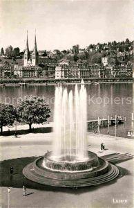 AK / Ansichtskarte Luzern LU Uferpartie Springbrunnen Kat. Luzern