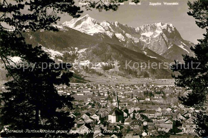 AK / Ansichtskarte Garmisch Partenkirchen mit Zugspitzgruppe Kat. Garmisch Partenkirchen