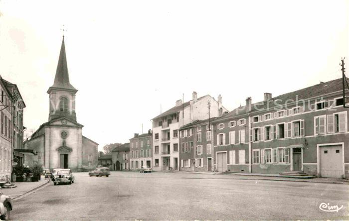 AK / Ansichtskarte Dompaire Place de l Eglise Kat. Dompaire