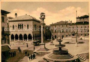 AK / Ansichtskarte Udine Piazza Vittorio Emanuele Monumento Kat. Udine