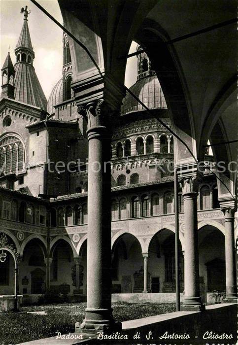 AK / Ansichtskarte Padova Basilica di S. Antonio Chiostro Kat. Padova