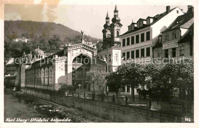 AK / Ansichtskarte Karlovy Vary Vridelni kolonada Sprudelkolonnade Kat. Karlovy Vary Karlsbad