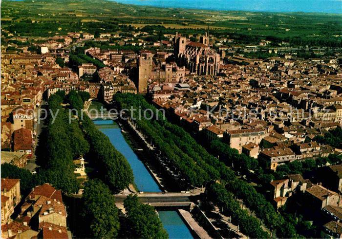 AK / Ansichtskarte Narbonne Aude Centre de la Ville Cathedrale Saint Just Pont Canal de la Robine vue aerienne Kat. Narbonne