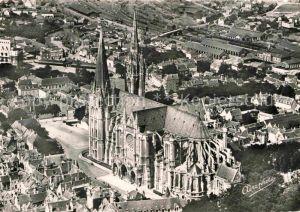 AK / Ansichtskarte Chartres Eure et Loir Cathedrale Vue Aerienne  Kat. Chartres