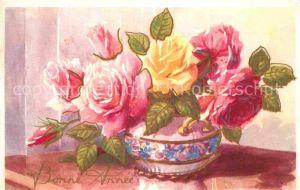 AK / Ansichtskarte Neujahr Rosen Vase  Kat. Greetings