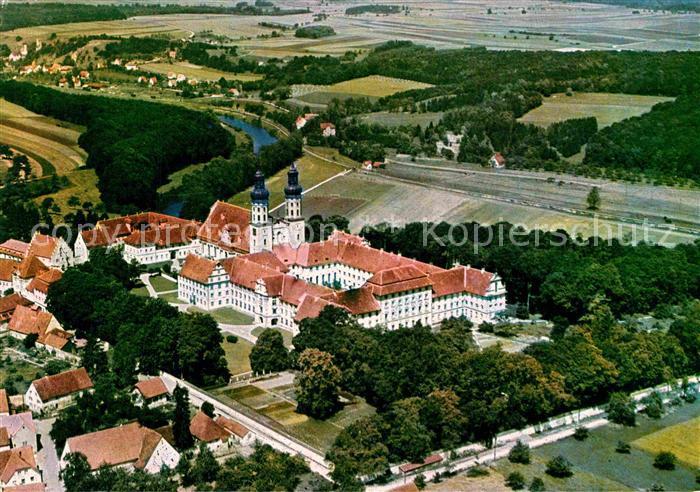 AK / Ansichtskarte Obermarchtal Klosterkirche mit Blick auf Rechtenstein Fliegeraufnahme Kat. Obermarchtal