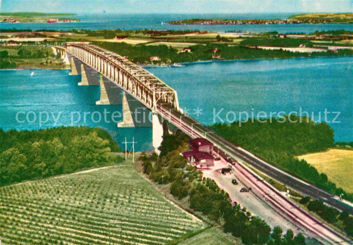 AK / Ansichtskarte Lillebaeltsbroen Eisenbahnbruecke Kat. Middelfart