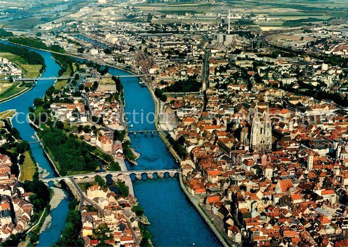 AK / Ansichtskarte Regensburg Donau Fliegeraufnahme Kat. Regensburg