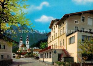 AK / Ansichtskarte Aschau Chiemgau Gasthaus Pension Kampenwand mit Kirche Kat. Aschau i.Chiemgau
