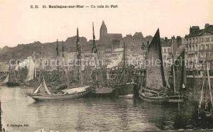 AK / Ansichtskarte Boulogne sur Mer Un coin du port Bateaux Kat. Boulogne sur Mer
