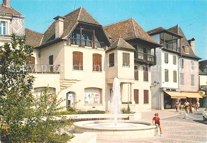 AK / Ansichtskarte Salies de Bearn La Maison de Jeanne d`Albret Kat. Salies de Bearn